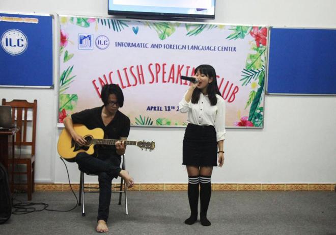 Description: D:\MUCE\English club\CHUONG TRINH APRIL 18TH\HINH BUOI SINH HOAT\18-4-2018 CLB Eng + Đại hội HSV\IMG_4918.JPG