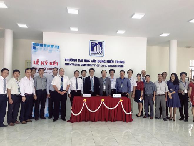Ký kết ghi nhớ hợp tác giữa Đại học Xây dựng Miền Trung với APAVE Asia – Pacific và CARBONEERING Co., Ltd